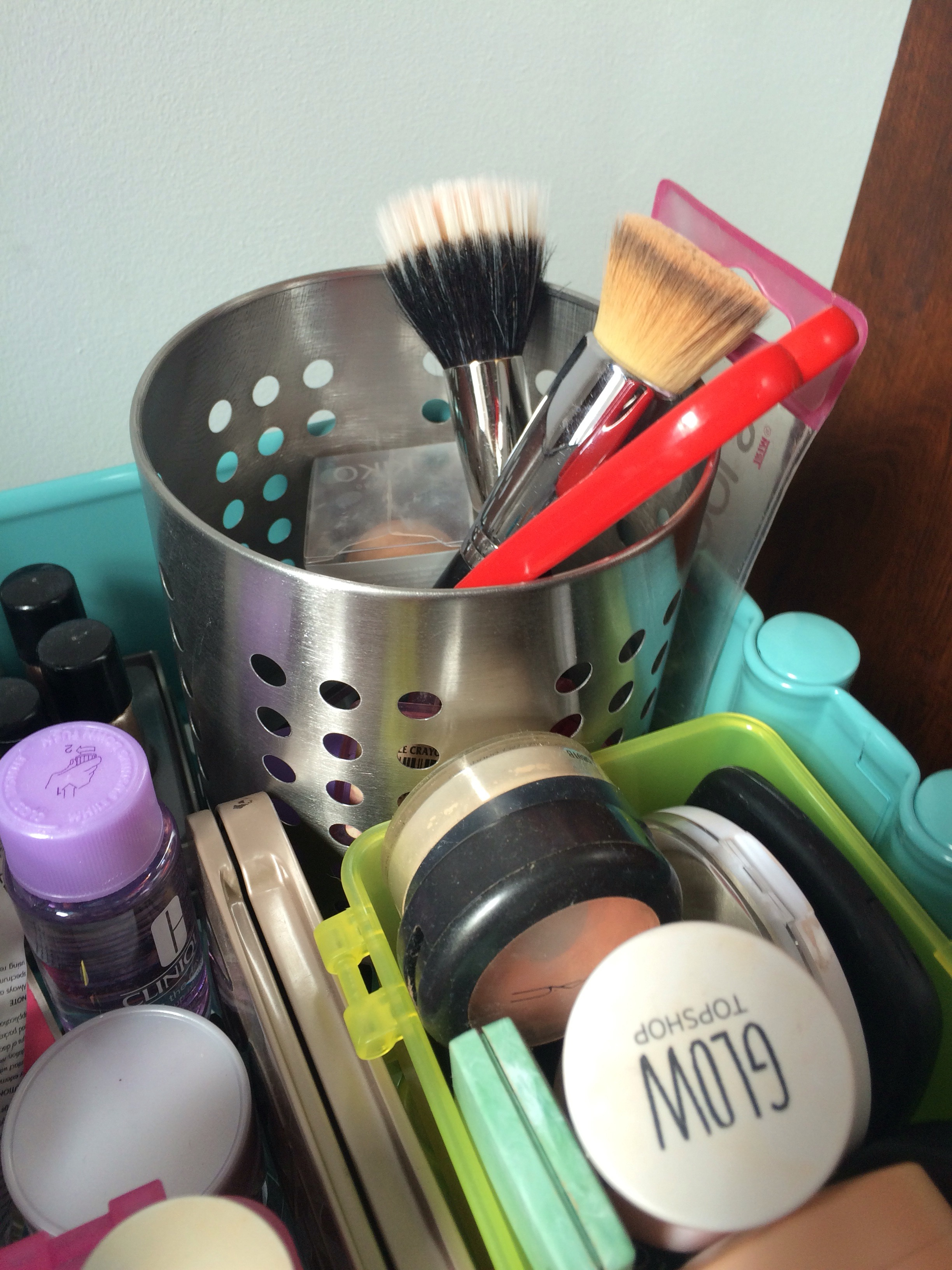 ikea -makeup-organisation-hack