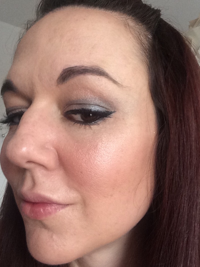 smoky-eye-makeup-using-smut-silver-ring-mac