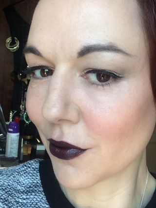 sleek-lipstick-satin-matte-pencil-mulberry-exxxagerate-blackberry