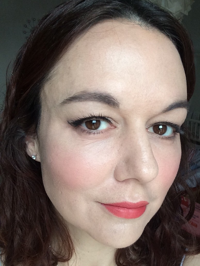 I No Longer Need Foundation Because of These 5 Skincare Products foto