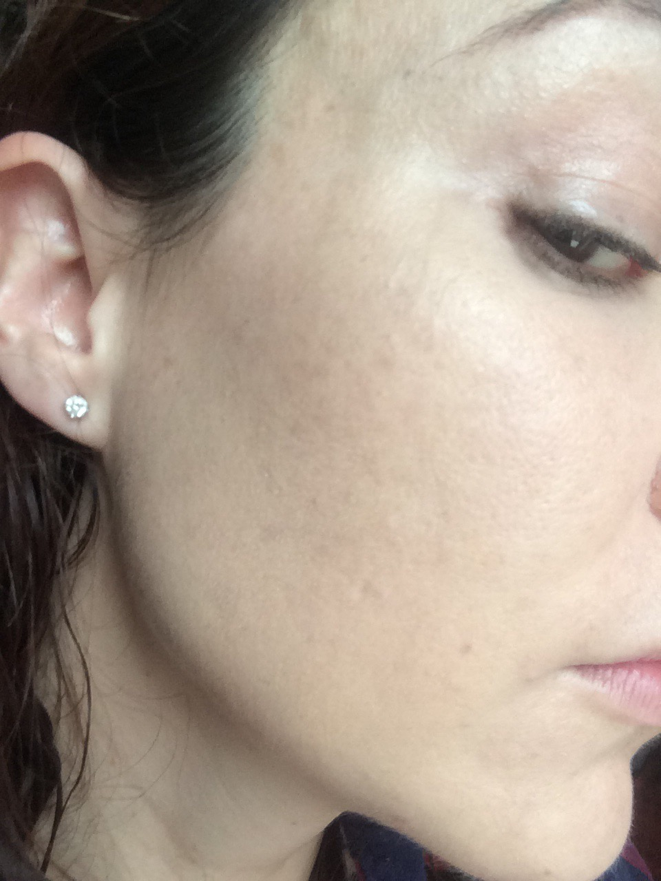 vichy-dermablend- corrective-foundation-review- with-foundation- pigmentation-gone