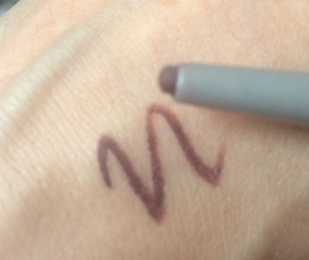 mr-write-now-eyeliner-pencil-the-balm-scott-bordeaux-swatch