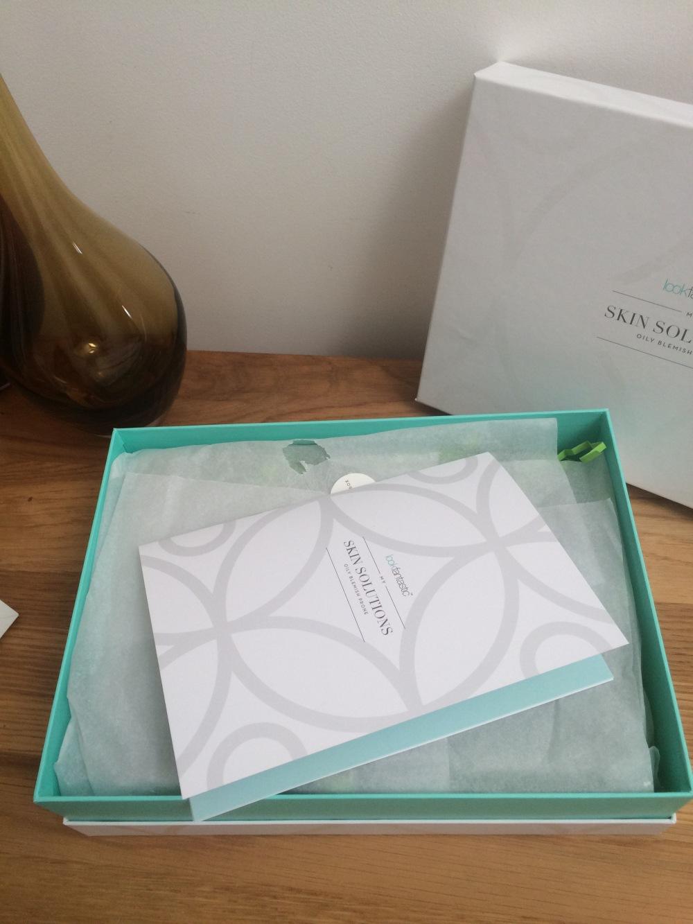 look-fantastic-my-skin-solutions-healthy-skin-box-oily-blemish-prone-skin-packaging