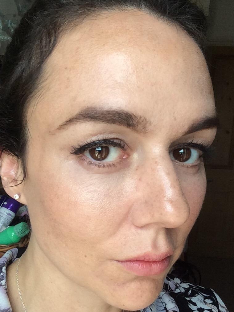 foundation-best-for-skin-type-aging-skin-luminous-finish