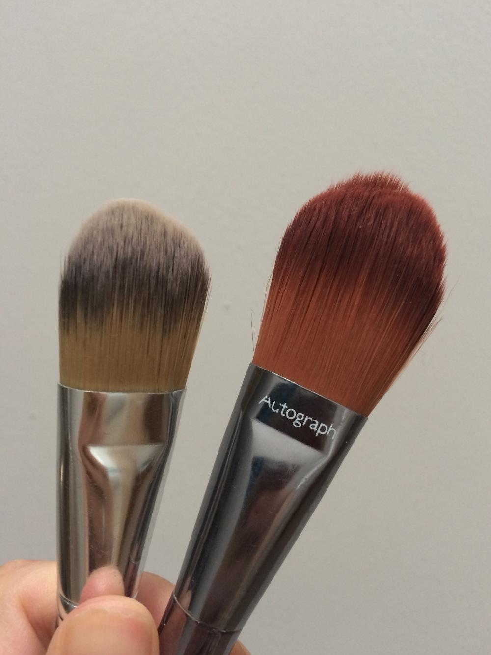 foundation application flat paddle blending brush mac 190