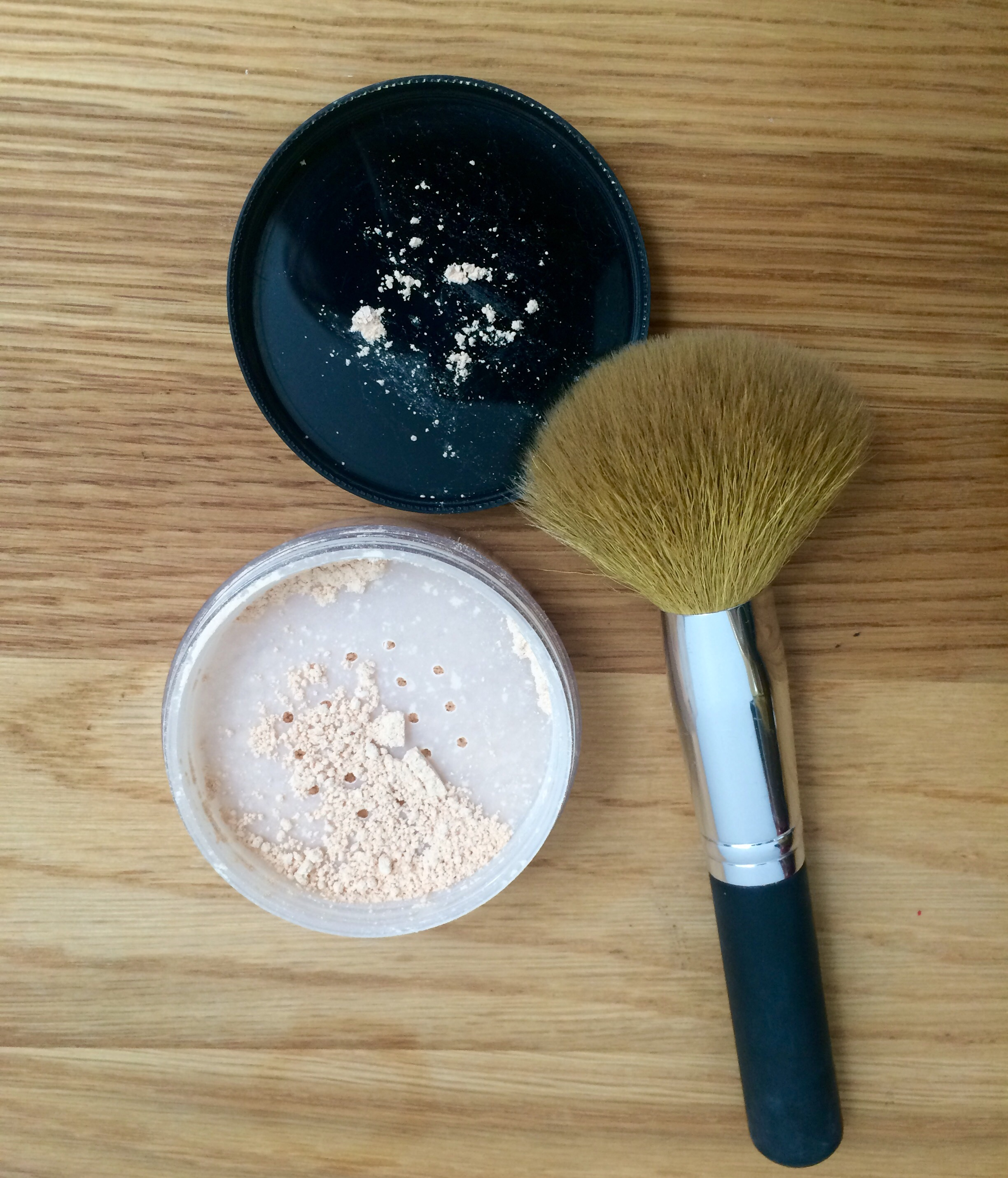 how to use powder makeup tutorial loose powder and brush