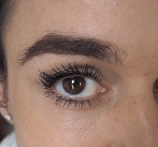 close up of eye wearing maxi mod mascara by kiko