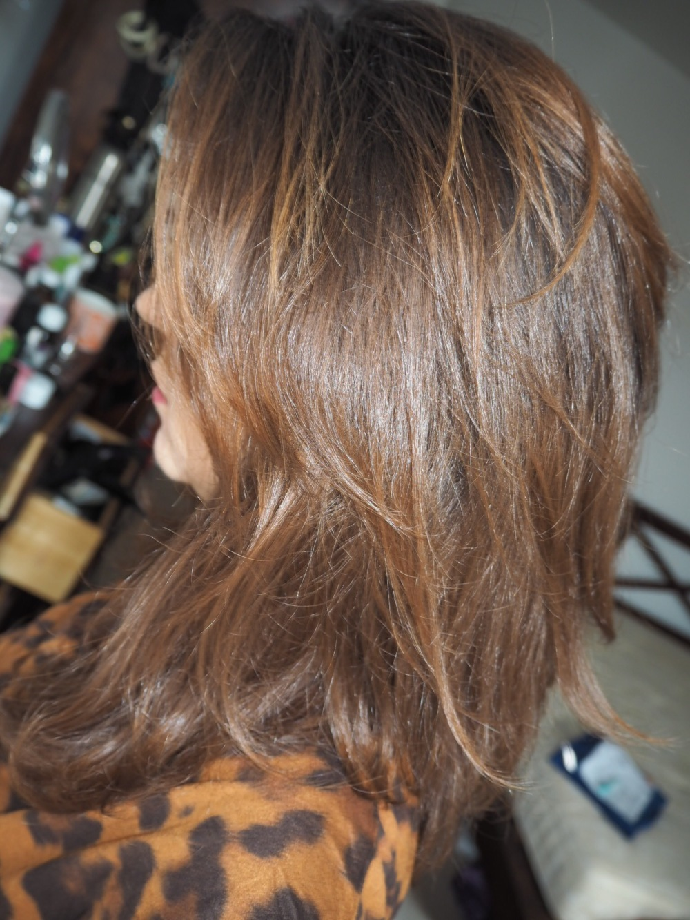 Olaplex No3 Curly hair amazon review- after photo smooth shiny brown hair