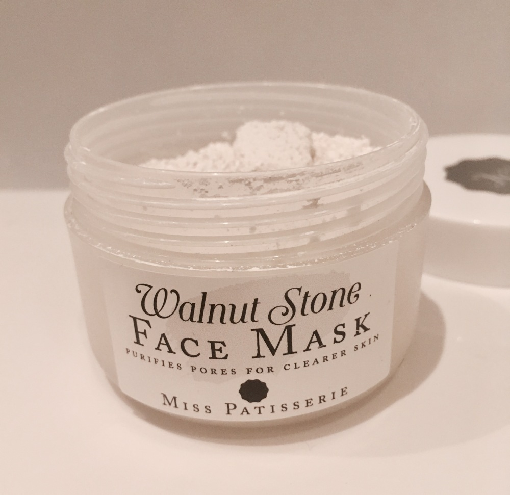 Miss Patisserie Walnut Stone Clay Mask Powder