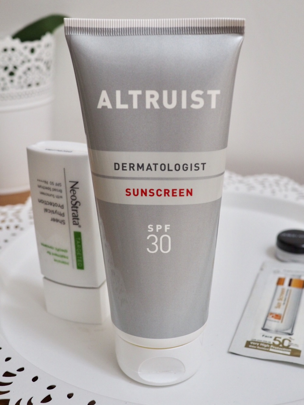 The Best Sunscreen Products for Oily, Acne Prone and Sensitive Skin- tube of Altruist sunscreen