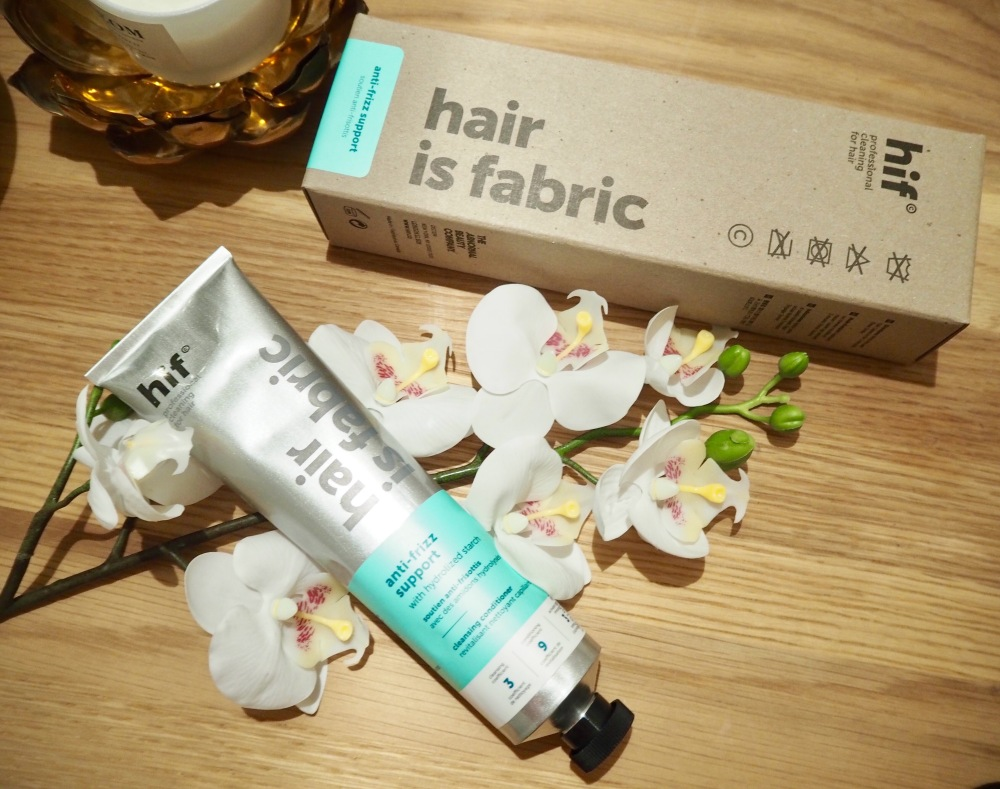 Hair Is Fabric Cleansing Conditioner by Deciem Packaging