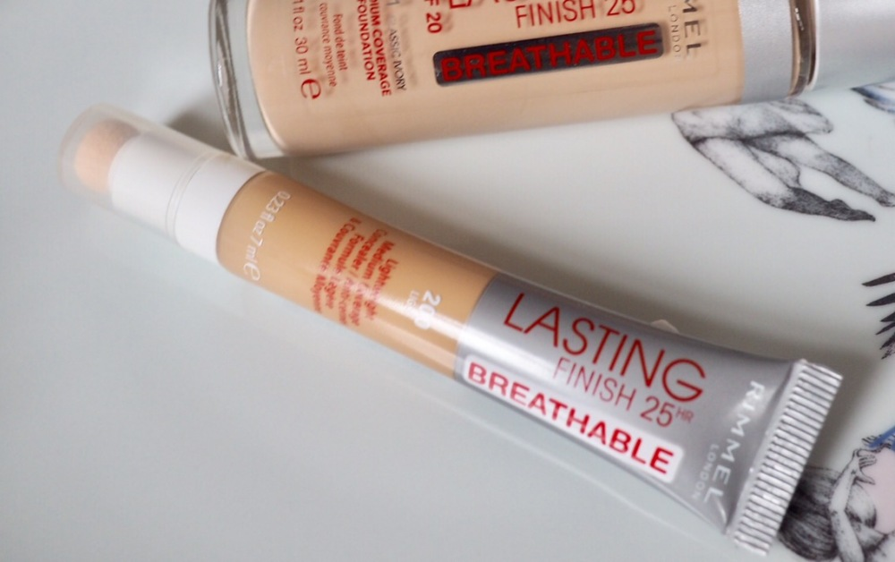Rimmel Lasting Finish Breathable Concealer- plastic tube with sponge tip
