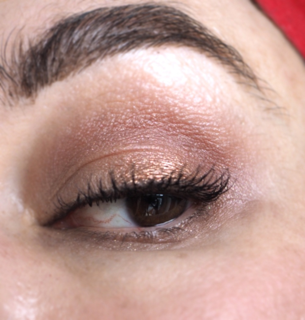 I Heart Makeup I Heart Chocolate Rose Gold Palette Worn close up eye